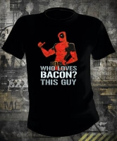 Футболка Deadpool Loves Bacon